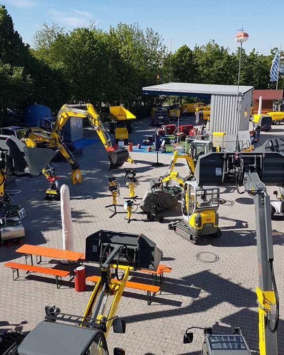 Bild vom Maschinenpark Firma Landesberger Garching bei München